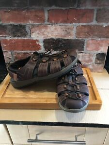 CLARKS MENS BROWN LEATHER CLOSED TOE FISHERMAN SANDALS SHOES UK 10