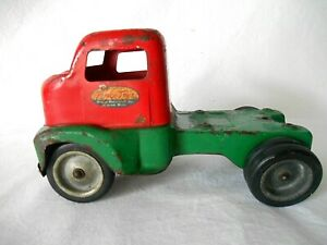 Vintage 1953 TONKA CABOVER RED & GREEN TRUCK CAB w/ WHEELS - Original