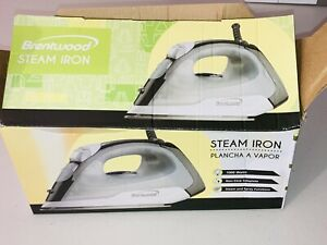 New Brentwood Steam Spray Iron 1000 Watts Model MPI-53 Non-Stick Soleplate