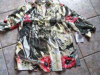Bader Chiffon Bluse Tunika mit Blumendruck grün Gr 44 neu mit Etikett