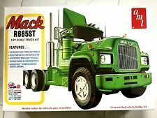 AMT 1/25 MACK R685ST DAY CAB PLASTIC TRUCK MODEL KIT ITEM # 1039 FACTORY SEALED