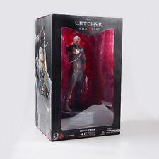 Dark Horse Deluxe The Witcher 3 Wild Hunt - Geralt of Rivia Figure in Box