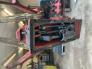 Back axle / hydraulic top cover  X  International 784 hydro tractor-  .£220+VAT