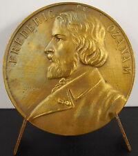 Médaille à Frederic Ozanam Saint-Vincent-de Paul par A J Corbierre c 1920 Medal