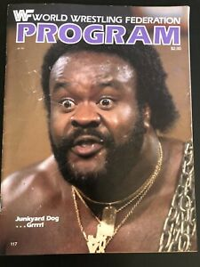 1984 WWF Program w/ Line Up The Spectrum Hulk Hogan Main Event 10/13/84