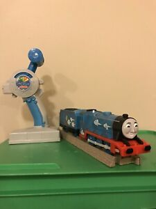 THOMAS Train Trackmaster Motorized 3 Speed Remote Control RC Gordon