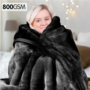 Laura Hill 800GSM Heavy Double-Sided Faux Mink Blanket - Black