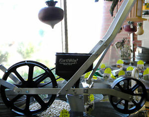 "GARDEN SEEDER by ""EARTHWAY"" Ideal row crop planter! Reasonable Worldwide Rates!"