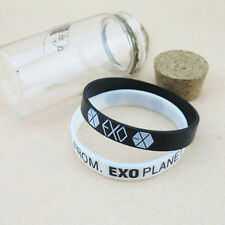 One Pair EXO-K FROM PLANET KPOP Supporter Wristband Bracelet Black+White LWC