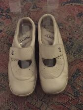 Women's Born Mary Jane Shoes Leather Creme Size 8 Velcro Mules EUC Casual