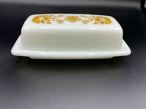 Vintage Pyrex Butter Dish 72-B White w/Gold Butterflies, Flowers & Leaves, 6 3/4