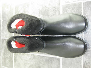 Black leather boots size 5 new with tags BNWT