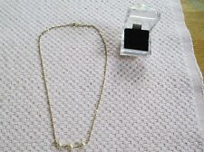 """18K GOLD NECKLACE W/ 3 PEARLS. APPROX. 18"""" LONG. 5.1 GRAMS. (8529)"""