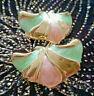 VINTAGE Bijou BOUCLES D'OREILLES clips métal doré émaillé vert et rose