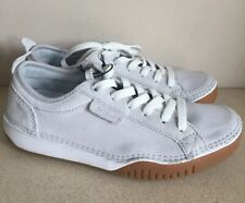 Columbia Womens Suede/Canvas Pumps. Size UK 5.5. BNWT.