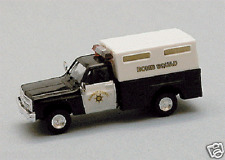 Trident Miniatures # 90338  Police Vehicle Chev Pickup CA Bomb Squad  HO MIB