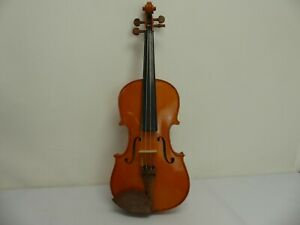 (ref288) Stentor Student Violin with Case