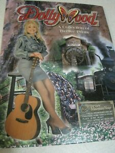 DOLLY PARTON Dollywood Collection of Twelve Prints Souvenir Postcards 9 of 12 NM
