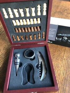 Wine & Chess Gift Set