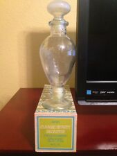 Avon Classic Beauty Decanter with glass stopper - 1970's