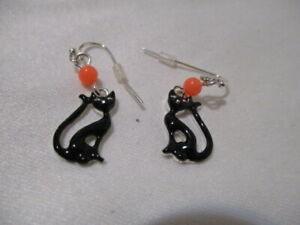 """AVON Spooky Nights Halloween Earrings Glow-In-The-Dark Drop Earrings """"Cat"""""""