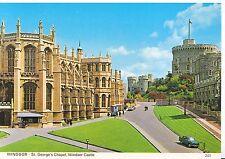 Berkshire Postcard - Windsor - St George's Chapel - Windsor Castle   SM331