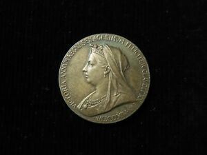 GB Queen Victoria Diamond Jubilee 1897 official small silver medal 25mm
