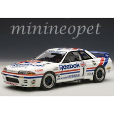 AUTOAart 89078 NISSAN SKYLINE GT-R R32 GROUP A 1990 REEBOK #1 1/18 MODEL WHITE