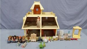 """Vintage Mattel """"The Littles Doll House"""" W/ Furniture & Extras 1980 Very Nice"""
