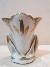 ancien petit vase d'eglise mariee en faience epoque 19 eme blanc et doré