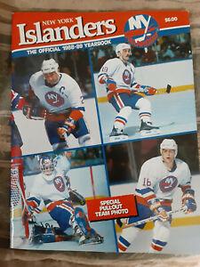1988-89 New York Islanders  yearbook great condition