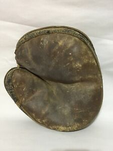 Antique 1900's Youth Child's Leather Catchers Mitt Baseball Glove - Button Close