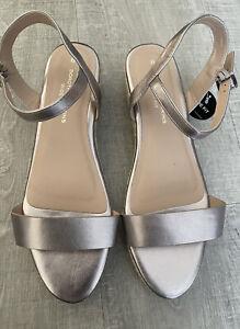 DOROTHY PERKINS. Wide Fit, Wedge Heel Sandals. Size Uk 8. NEW.
