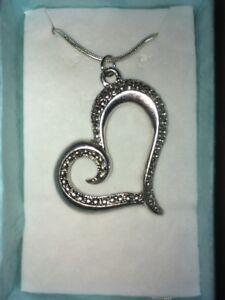 Heart Pendant Necklace (2)