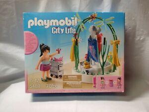 NIP Playmobil City Life #5489 - 70 piece set