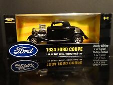 ERTL 1934 Ford Coupe Street Rod 3-Window 1:18 Scale Diecast American Muscle Car