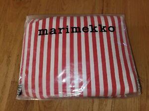 Marimekko AJO Queen Sheet Set In Red