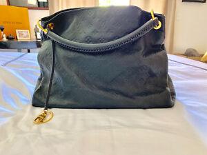 Louis Vuitton NAVY BLUE Monogram Empreinte Leather Artsy MM Women's