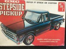 Model kit 1972 GMC Stepside pickup AMT T409