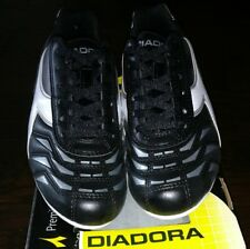 Diadora Soccer Shoes. Size 5 Youth. New In Box.