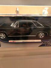 MAISTO 1965 BLACK PONTIAC GTO HURST EDITION  1:18  DIECAST METAL CAR-SPECIAL ED