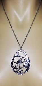 BIRD PENDANT NECKLACE 'SILVER PLATED'