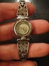 Vintage Kathy Ireland ladies watch, running with new battery no Reserve