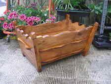 JARDINERA maciza de madera, largo 50 cms.