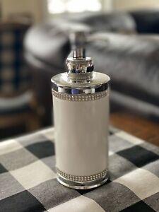 Bella Lux White Ceramic Rhinestone Silver Pump Soap Lotion Dispenser Round