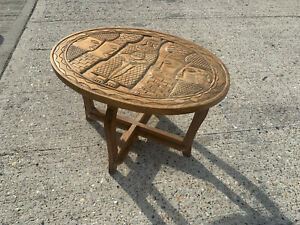 Carved wooden oval side table S2E260621Q