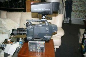 Hitachi Z-3000W Video Camera Studio Set 16x9 SDI