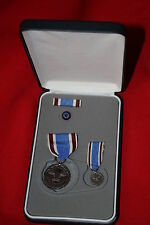 ORIGINAL BOXED UNITED STATES US MEDAL OUTSTANDING PUBLIC SERVICE SET