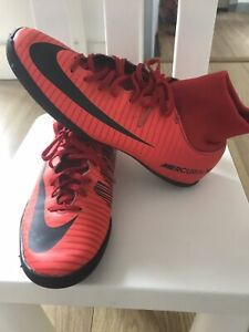 football boots Size UK 6