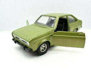 MODELLINO AUTO FORD ESCORT 1100 BURAGO SCALA 1:25 1/24 DIECAST NO POLISTIL RARE